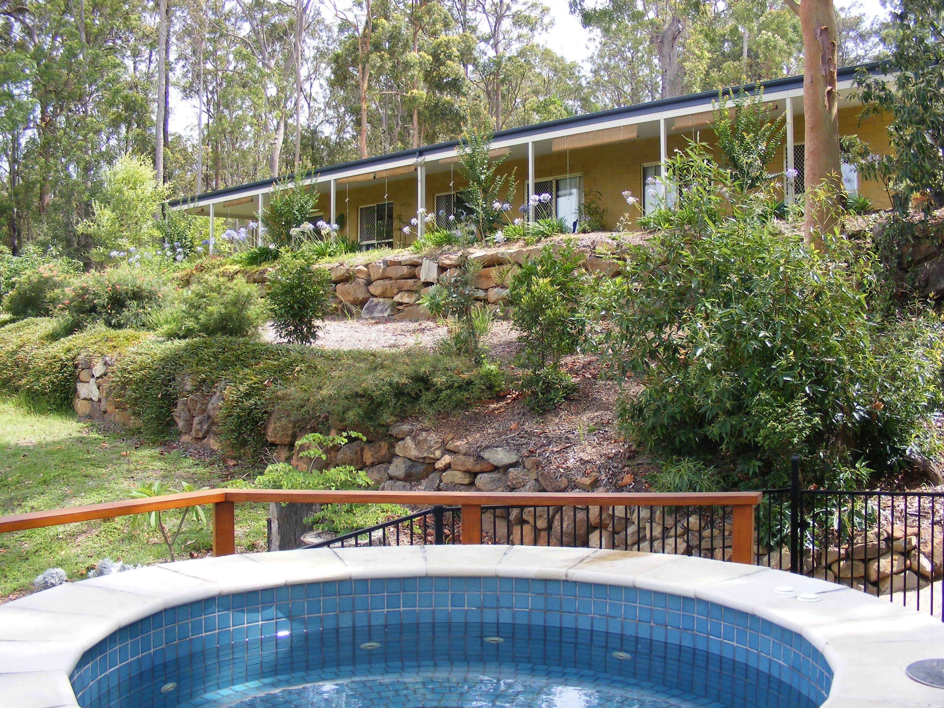 Bed and Breakfast at Wallaby Ridge - Goulburn Accommodation