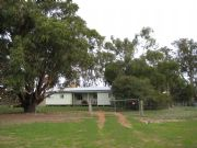 Barrahead Cottage - Goulburn Accommodation