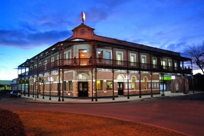 Grand Terminus Hotel - Goulburn Accommodation