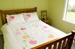 Claremont Cottage - Goulburn Accommodation