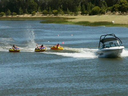 Bonney's WA Water Ski Park - Goulburn Accommodation