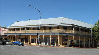 Colac Hotel - Goulburn Accommodation