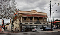 Royal Oak Hotel - Goulburn Accommodation