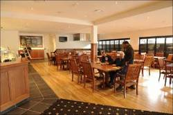 The Village Hotel - Goulburn Accommodation