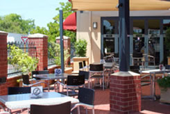 Belmont Tavern - Goulburn Accommodation