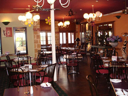 Belvideres Bar Bistro Bottleshop - Goulburn Accommodation