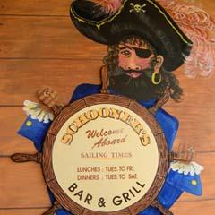 Schooners Bar  Grill - Goulburn Accommodation