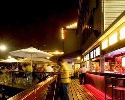 The Lucky Shag Waterfront Bar - Goulburn Accommodation