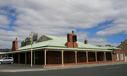 Huntington Tavern - Goulburn Accommodation