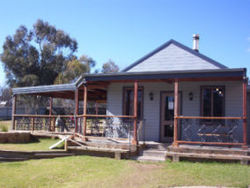 The Globe Hotel. Rylstone - Goulburn Accommodation