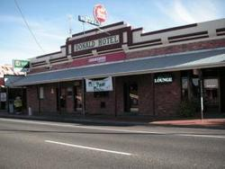 Donald Hotel - Goulburn Accommodation