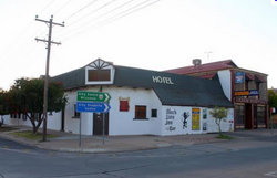 Black Lion Inn Hotel - Goulburn Accommodation