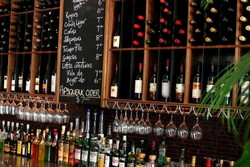 Amphoras  Bar  Bistro - Goulburn Accommodation