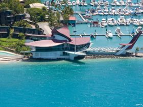 Hamilton Island Yacht Club - Goulburn Accommodation