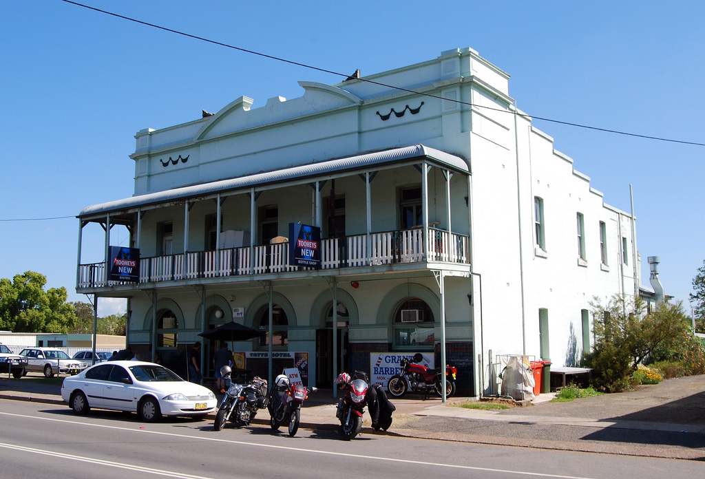 Tattersalls Hotel - Goulburn Accommodation