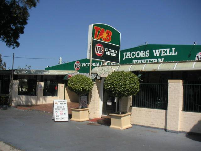 Jacobs Well Bayside Tavern - Goulburn Accommodation
