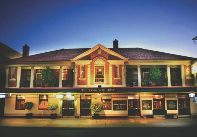 Tamworth Hotel - Goulburn Accommodation
