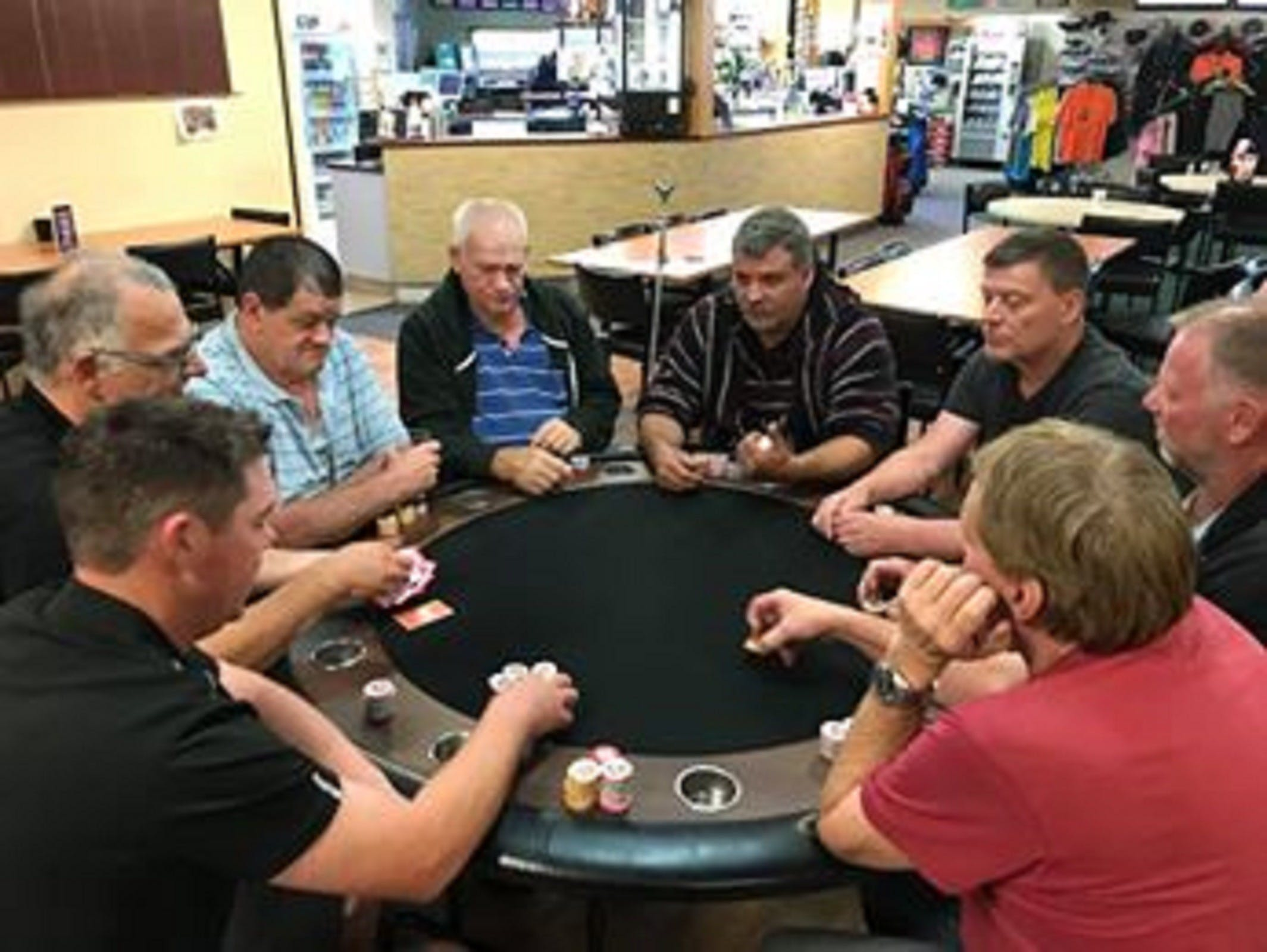 Numurkah Golf and Bowls Club - Poker Wednesday - Goulburn Accommodation