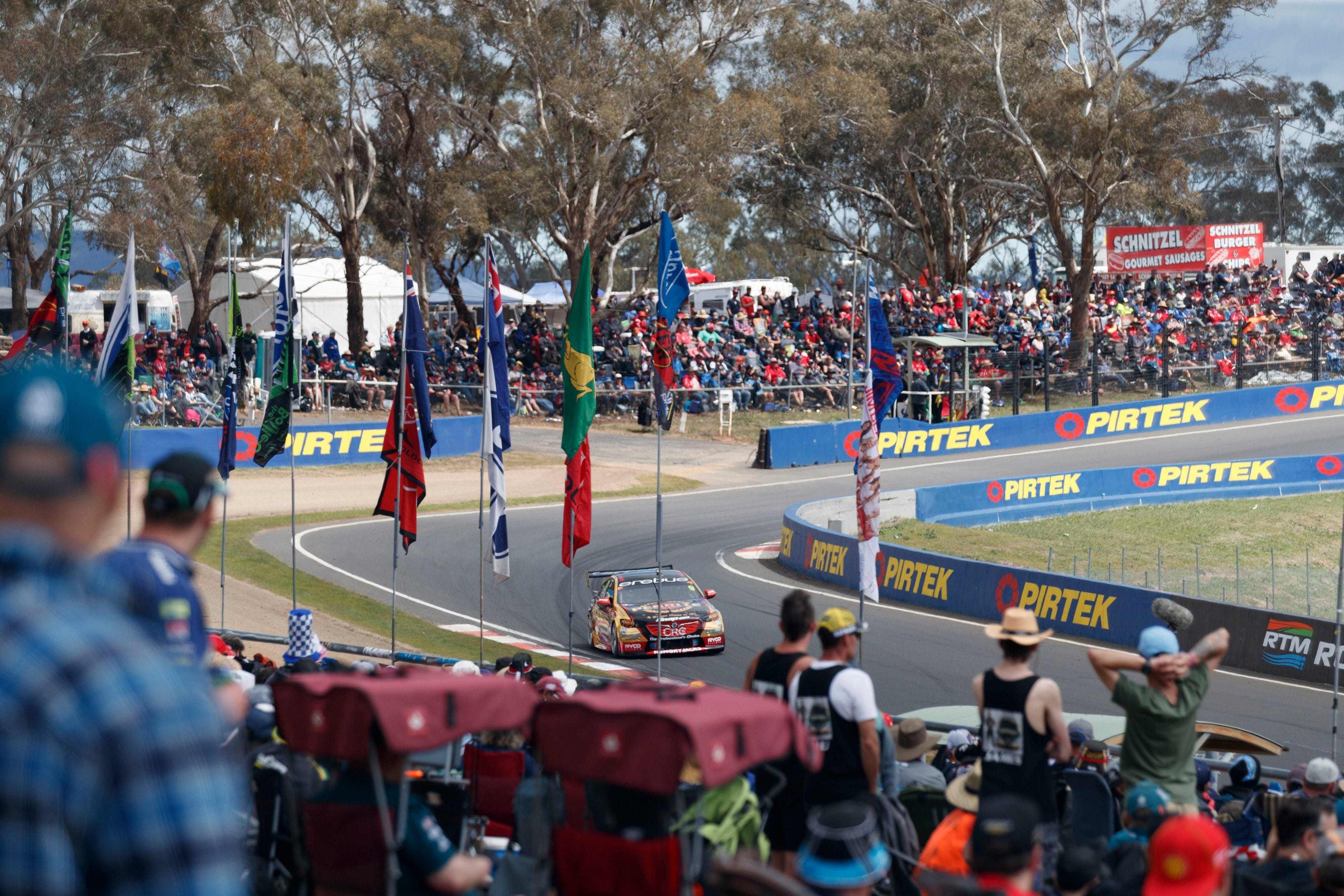 Supercars Supercheap Auto Bathurst 1000 - Goulburn Accommodation