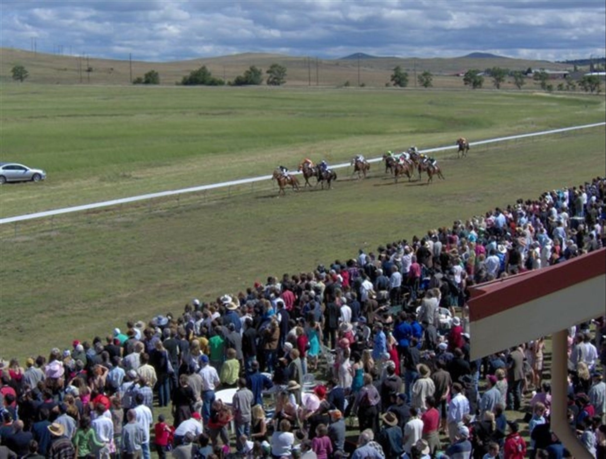 Cooma Sundowners Cup - Goulburn Accommodation