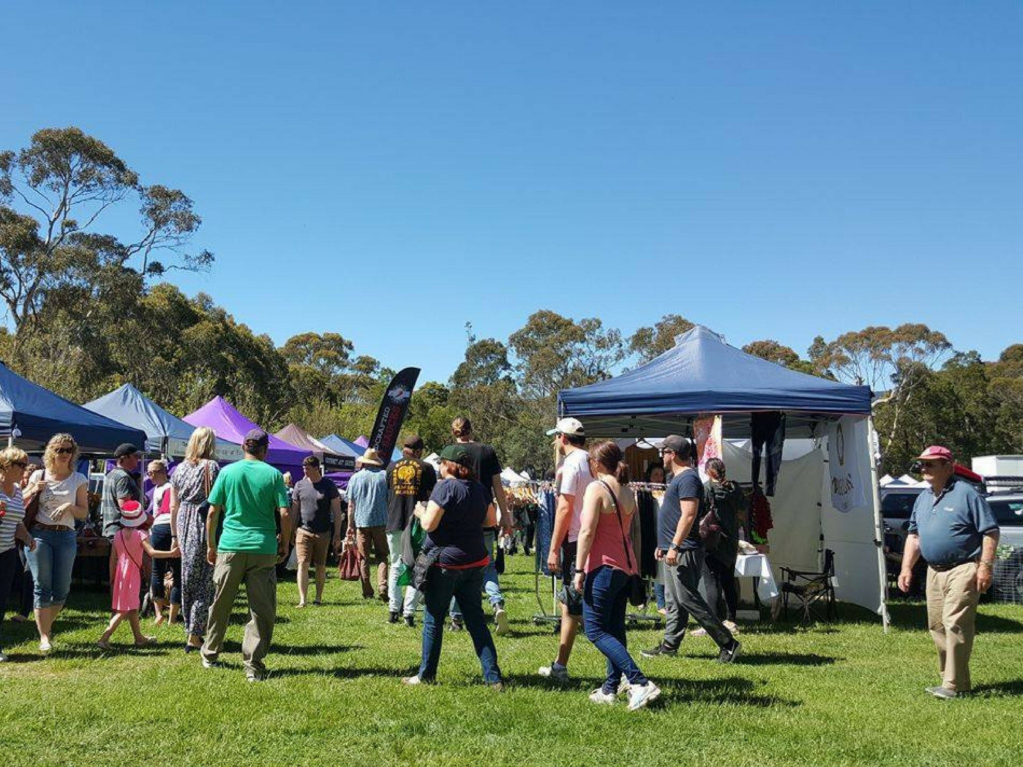 Hanging Rock Makers Market - Goulburn Accommodation