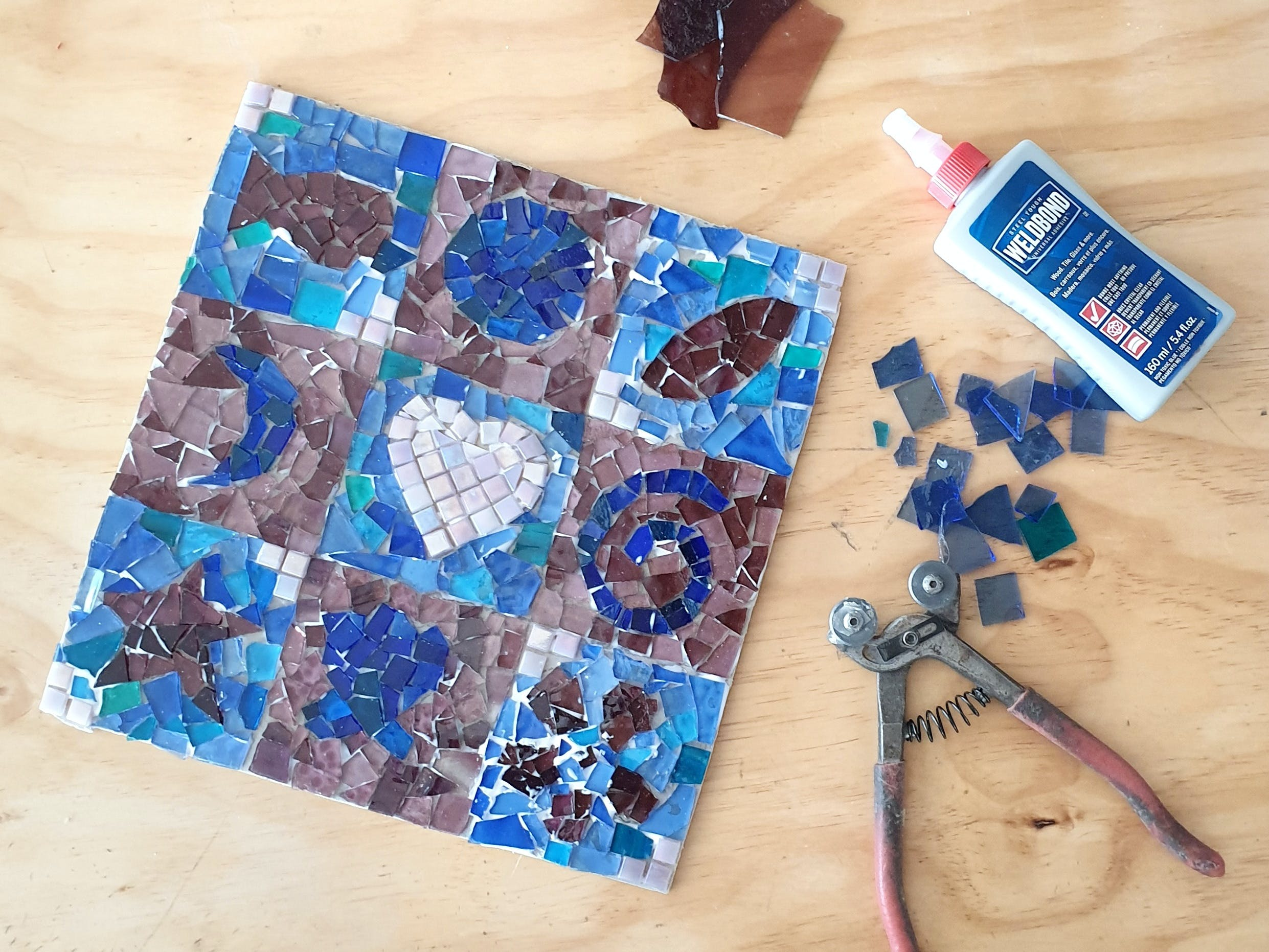 Intro to Mosaics Weekend with Leadlight By Ettore - Goulburn Accommodation