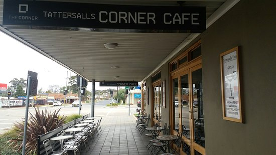 The Corner Cafe -Tatts Pub - Goulburn Accommodation