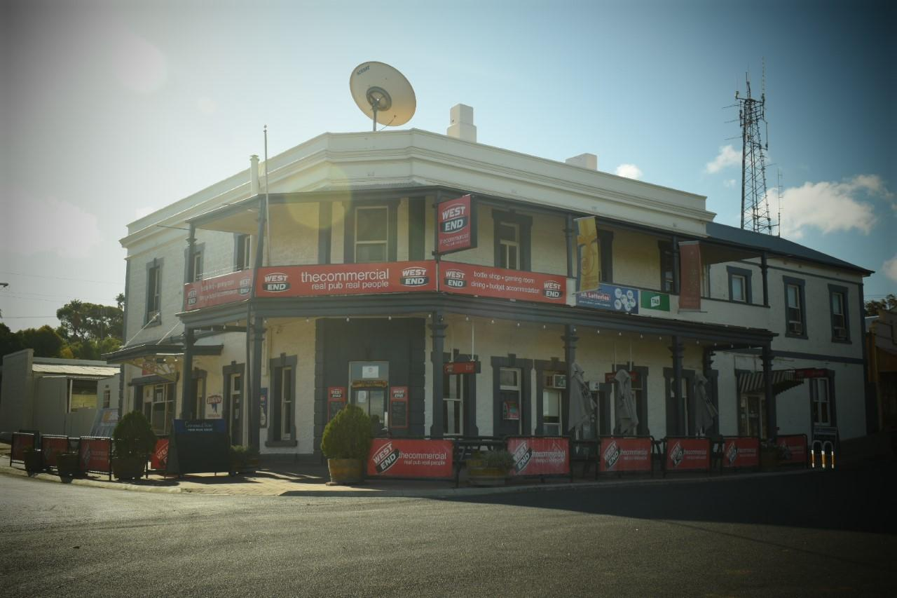 Commercial Hotel Morgan - Goulburn Accommodation