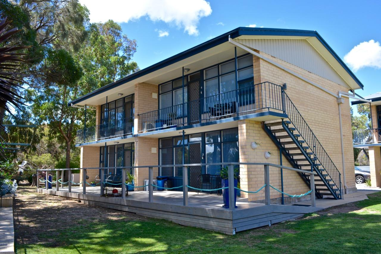 Longbeach Apartments - Goulburn Accommodation