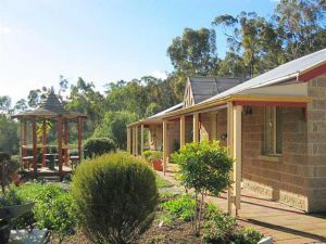 Riesling Trail  Clare Valley Cottages - Goulburn Accommodation