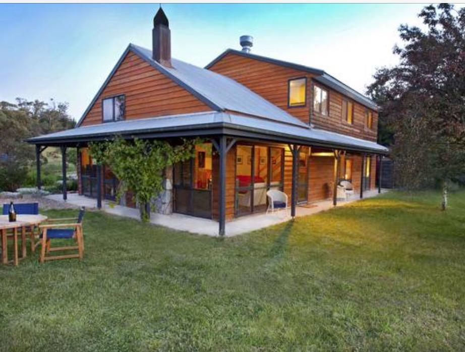 Eagles Range - Goulburn Accommodation