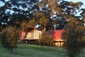 Tennessee Hill Chalets - Goulburn Accommodation